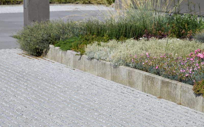 Estetische Grasbeton tegel © Ebema - Stone&Style